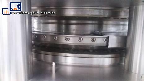 Compressora rotativa de comprimido Kilian Europa
