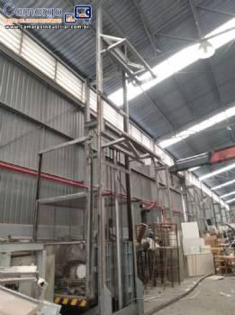 Elevador hidráulico de carga carrinhos
